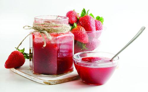 طرز تهیه شربت توت فرنگی - مربای توت فرنگی