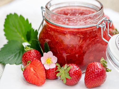 مربا، ترشی، سس  , طرز تهیه شربت و مربای توت فرنگی