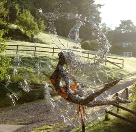 مجسمه های سیمی عجیب و فانتزی - Robin Wight