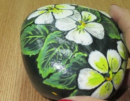 آموزش نقاشی روی سنگ - رنگ آمیزی سنگ