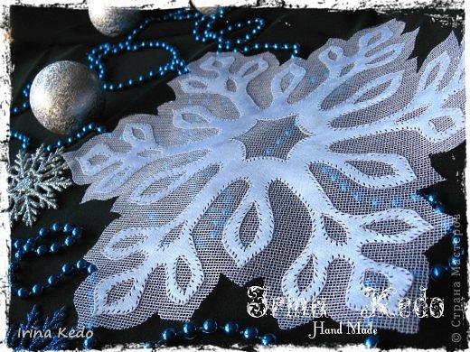 Мастер-класс Поделка изделие Новый год Рождество Гильоширование Воздушные снежинки Ткань фото 1