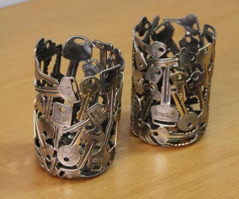 آثار دیدنی ساخته شده با کلید, ساخت ظروف تزیینی - ساخت گوی تزیینی