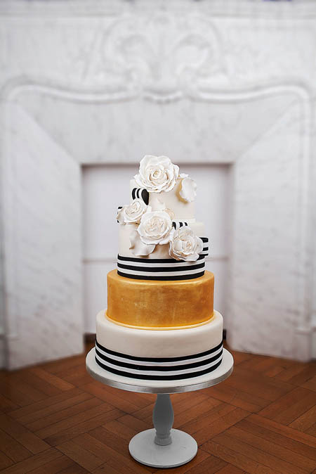 Wedding-couture-cakes6__880