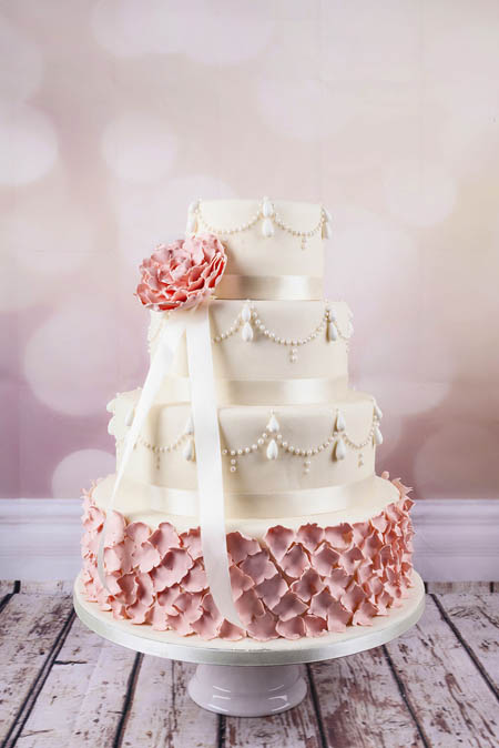 Wedding-couture-cakes11__880