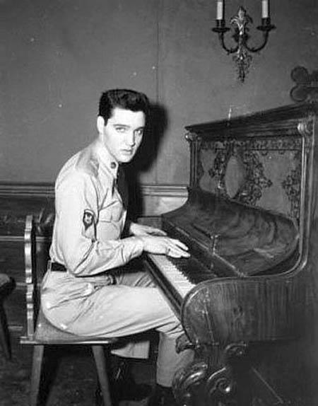 Elvis Presley (78)