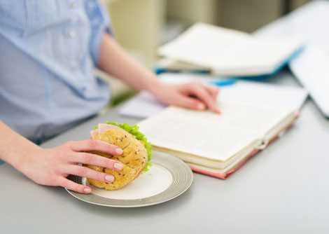 زمان امتحانات چه بخوریم چه نخوریم