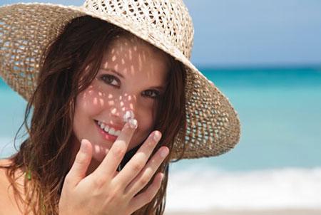 راهنمای خرید کرم ضدآفتاب - راهنمای انتخاب کرم ضد آفتاب