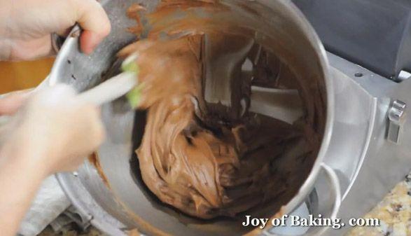 طرز تهیه کاپ کیک شکلاتی موزی