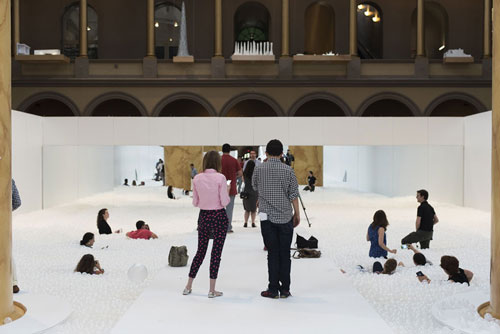 indoor-ball-pit-bubble-ocean-the-beach-snarkitecture-nat_005