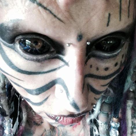 ترسناک ترین دختر جهان - شیطان پرستی