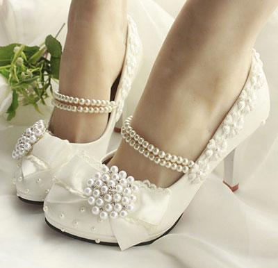 راهنمای انتخاب کفش عروس مناسب