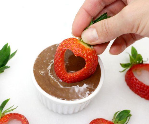 میوه آرایی - تزیین توت فرنگی برای ولنتاین