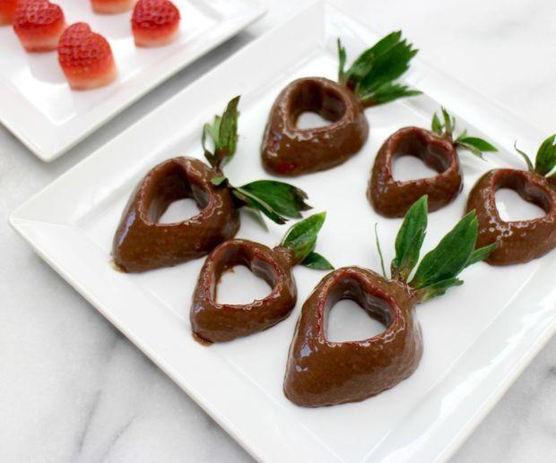 میوه آرایی - تزئین توت فرنگی برای ولنتاین - توت فرنگی های رمانتیک شکلاتی