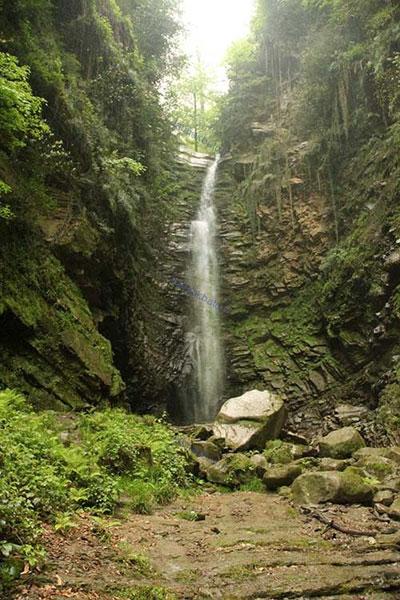 آبشار «گزو» یکی از بلندترین و زیباترین آبشارهای ایران+عکس