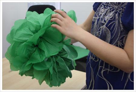 آموزش تصویری ساخت گل کاغذی,ساخت گل های تزیینی