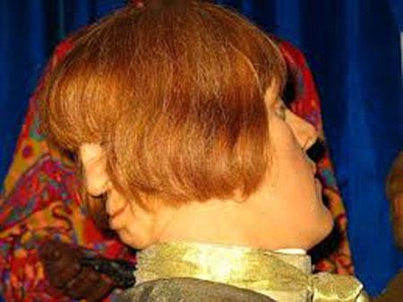 ادوارد مورداک مردی با دو صورت