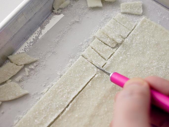 تزیین کیک تولد شکل کلبه یخی,تزئین کیک تولد