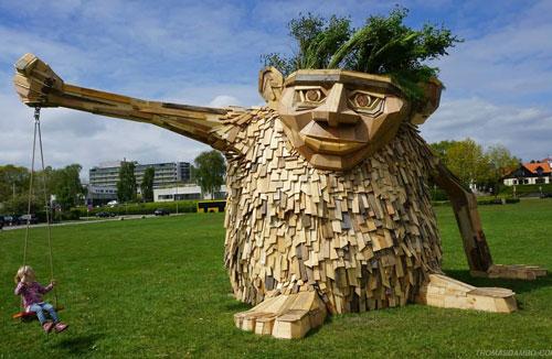Thomas Dambo مجسمه سازی با ضایعات چوب