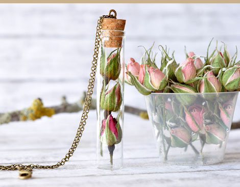جواهرات مدل لباس,کیف,کفش,جواهرات  , زیورآلات رزینی با گل های طبیعی
