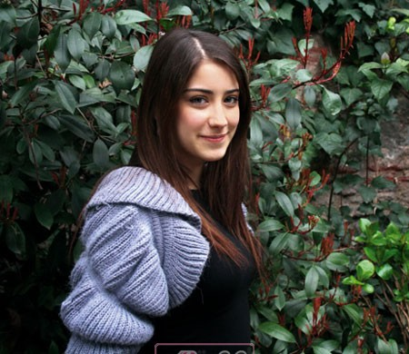 hazal_kaya_عکس هازل کایا هنرپیشه و خواننده ترکیه ای
