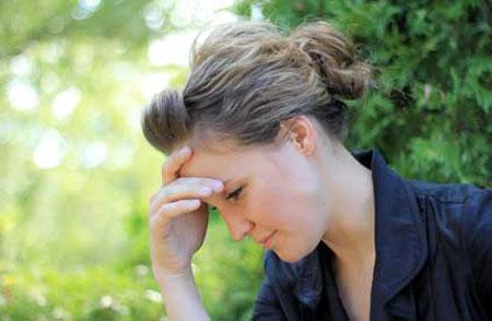 مسائل جنسی و روابط زناشوئی  , علل و درمان لکه بینی قبل از قاعدگی