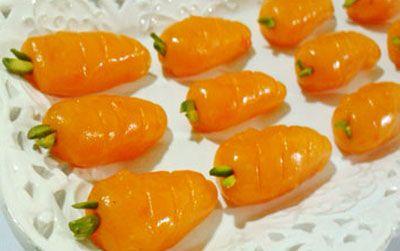 طرز تهیه حلوای هویج به شکل هویج