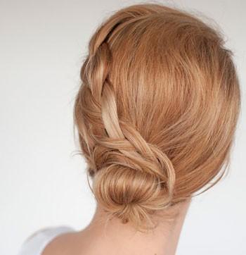 آموزش آرایش مو - شینیون ساده مو در خانه