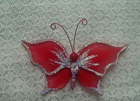 ساخت پروانه با جوراب برای تزیین یخچال