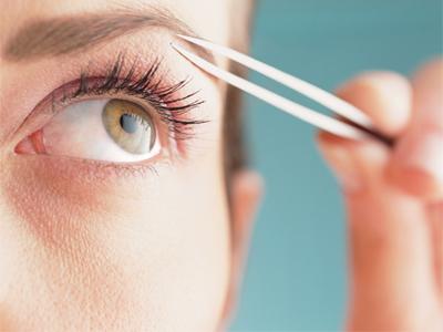 آرایش صورت آرایش و زیبایی  , اشتباهات مهم در برداشتن ابرو