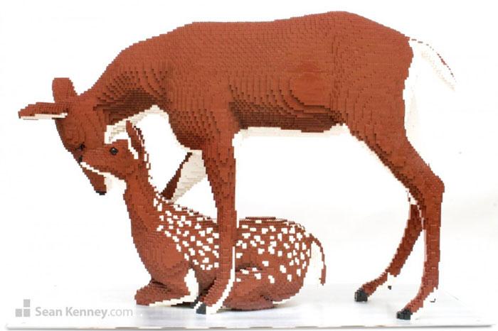 ساخت مجسمه با لگو
