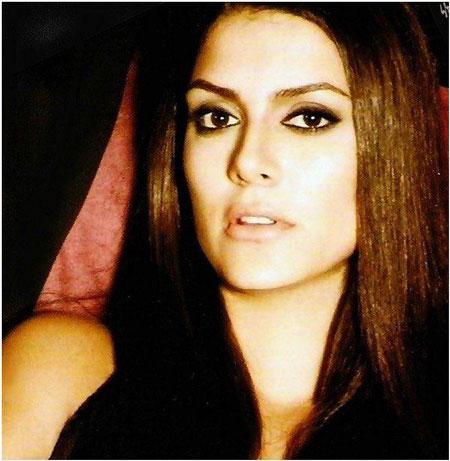 عکس بازیگر نقش فریده در سریال کارادایی