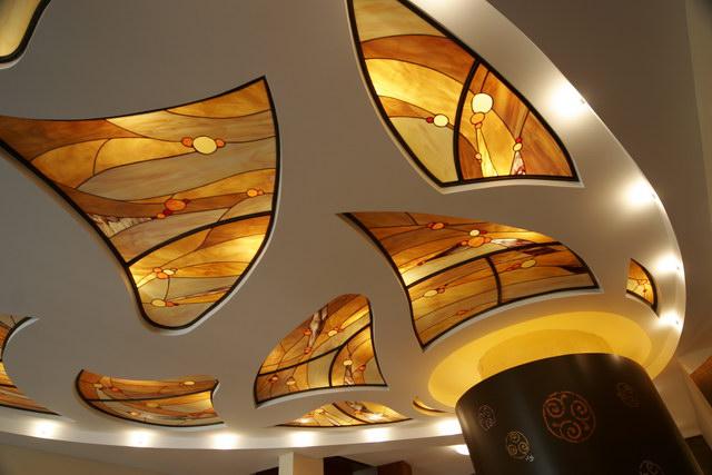 کاربرد ویترای - نقاشی روی شیشه - تزیین منزل