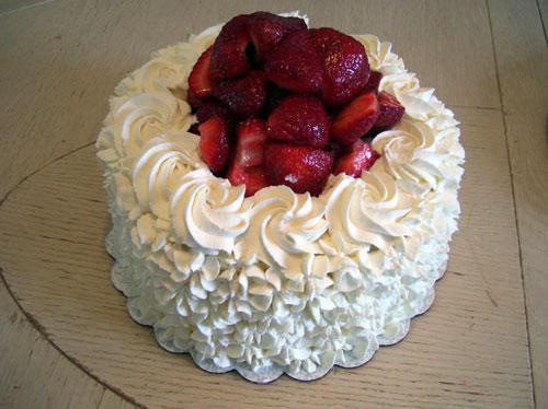 خامه مخصوص تزیین کیک - خامه فرم دار - خامه کیک