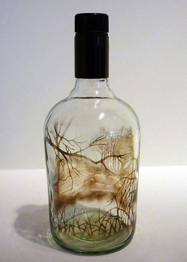 خلق نقاشیهای ﺑﻰنظیر در بطری با دود