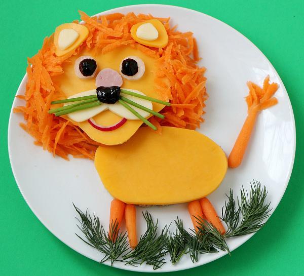 سفره آرایی  , تزیین غذا به شکل حیوانات برای کودکان