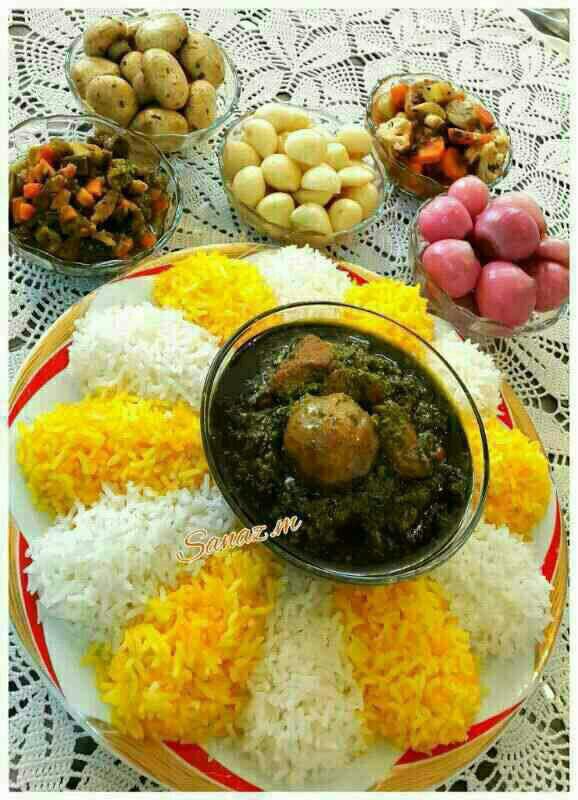 عکس تزیین برنج,تزیین برنج زعفرانی,تزیین برنج قالبی,تزیین برنج با زرشک