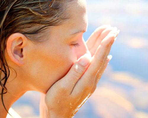 روشهای تمیز کردن پوست صورت بدون صابون