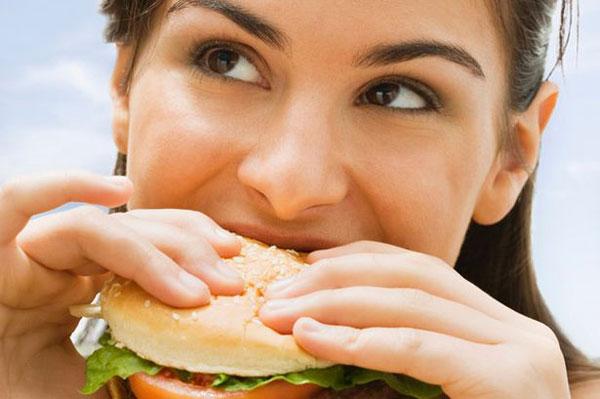 دختر سالم - صبحانه سالم - سلامتی - تناسب اندام