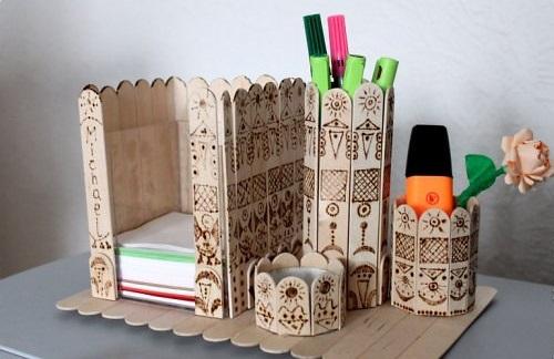 ایده هایی برای ساخت جای لوازم التحریر با چوب بستنی