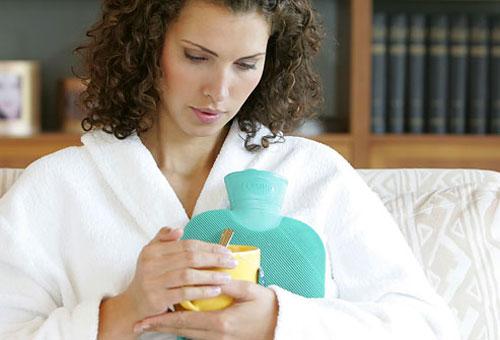 درمان گلودرد با طب سنتی - درمان گلو درد با دورهای گیاهی