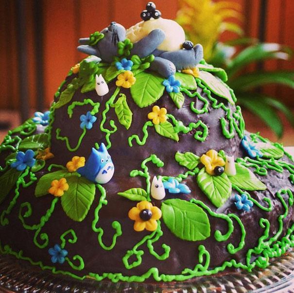 آشپزی آسان نان، شیرینی، دسر  , تزیین زیبای کیک تولد به شکل توتورو