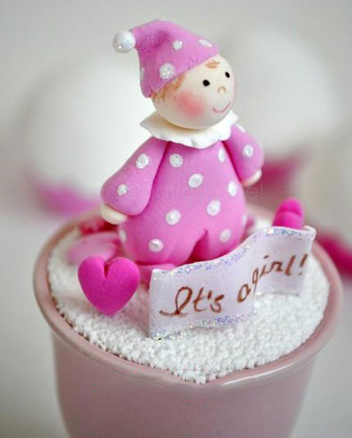عروسک خمیری - مجسمه خمیری - مجسمه گل چینی