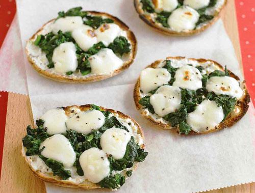 فست فود  , مینی پیتزا - مینی پیتزای اسفناج و پنیر