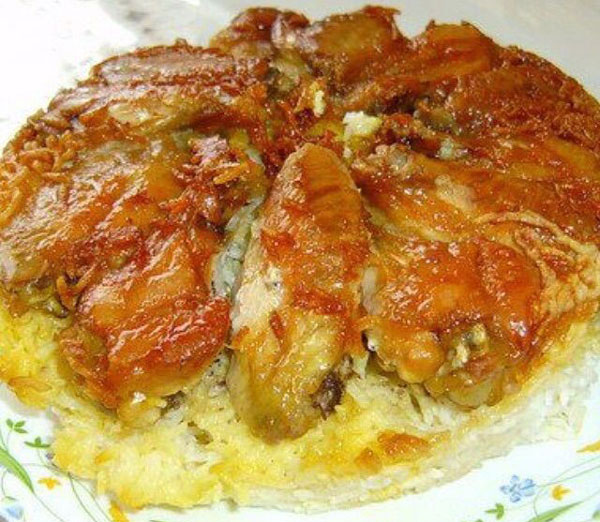 طرز تهیه برنج با ته دیگ بال مرغ (ته چین بال مرغ)