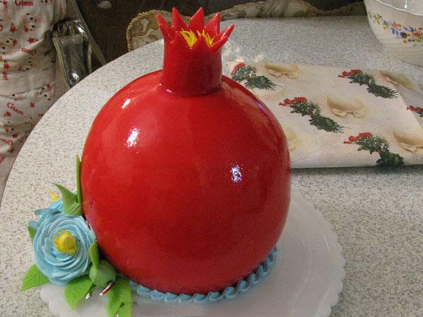 تزیین کیک به شکل انار , سفره آرایی شب یلدا , دسر شب یلدا