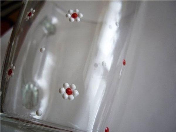 نقاشی نقطه به نقطه روی شیشه