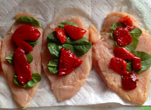 طرز تهیه رول مرغ با فلفل قرمز کبابی