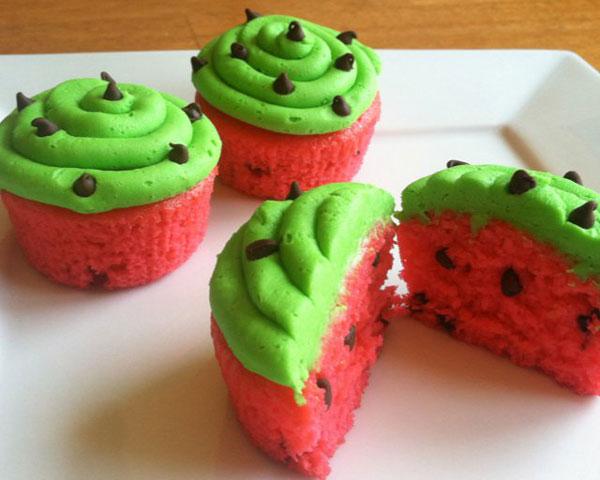 طرز تهیه کاپ کیک هندوانه ای