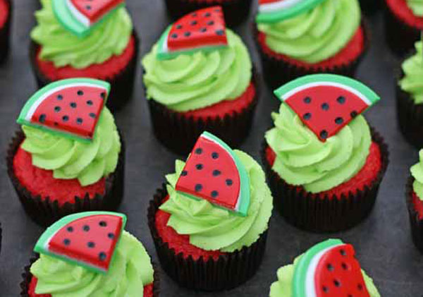 طرز تهیه کاپ کیک هندوانه
