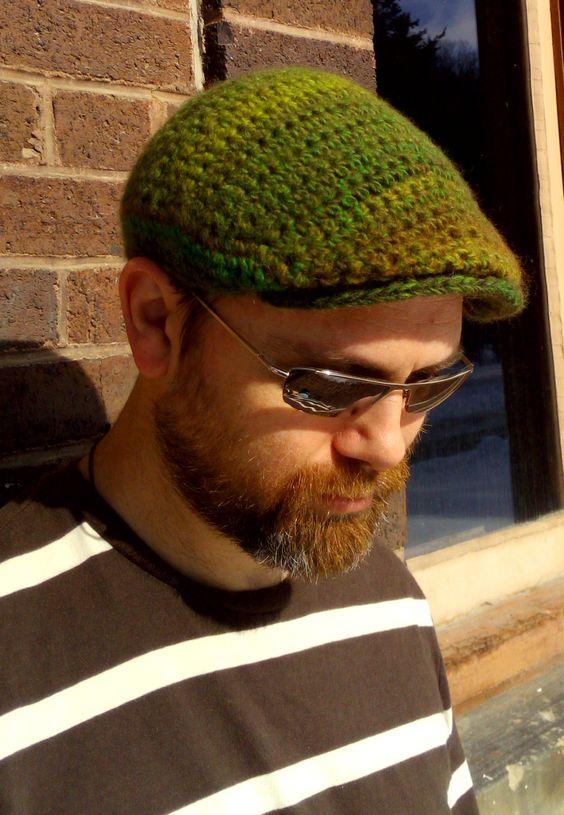 کلاه مردانه قلاب بافی سبز رنگ